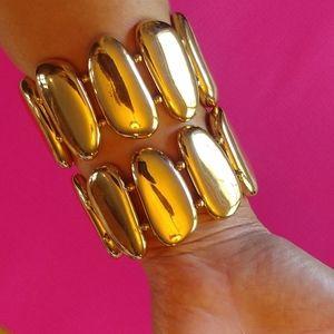 1 Gold chunky stretch bracelet nwot